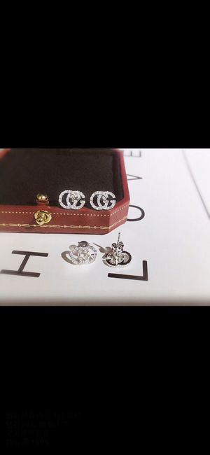 Custom - real 18K white gold GUCCl Earring for Sale in Hawthorne, CA