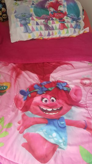 Twin size Trolls comforter set for Sale in Lancaster, PA
