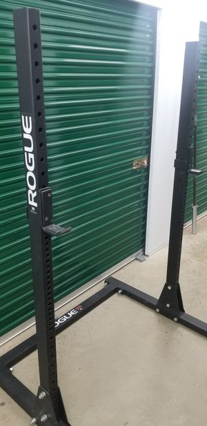 Rogue Fitness Squat Stand Rack S-1 Bumpers Bumper Plates Ohio Bar Olympic Barbell Home Gym for Sale in Mansfield, TX