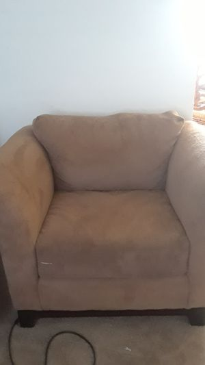 2 for 70, good condition , will steam clean before pu, dog free home for Sale in Richmond, VA