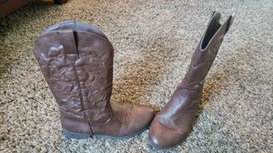Girls boots for Sale in Meridian, ID