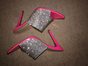 New Rhinestone in her pink heels size 9 for Sale in Chino, CA