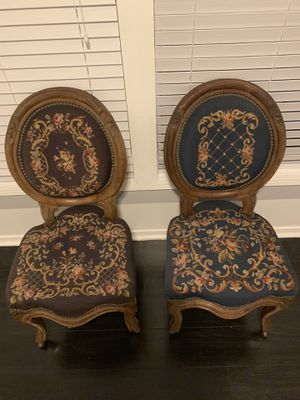 Antique Victorian mahogany needle point parlor chairs for Sale in Los Angeles, CA
