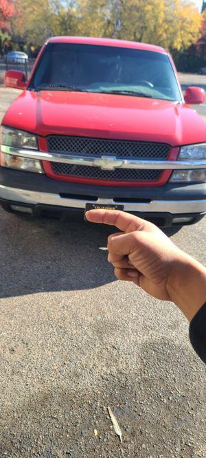 03 chevy silverado for Sale in Fresno, CA