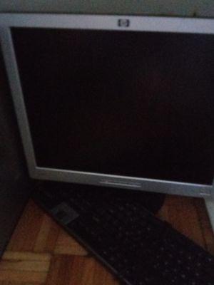 Deak Top Computer for Sale in Detroit, MI