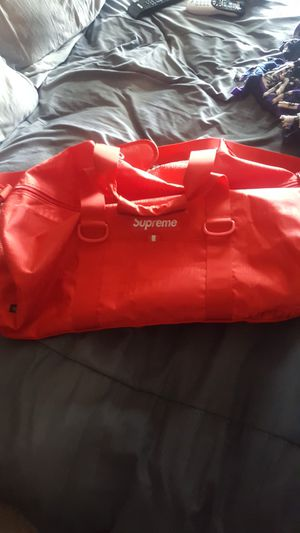 Supreme SS19 DUFFLE Bag $150 If you pick up today for Sale in Thornton, CO
