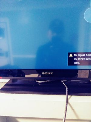 32 inch Sony Tv for Sale in Doraville, GA