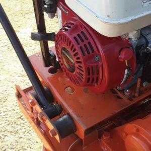 Compactadora de gas mikasa con motor honda gx 200 for Sale in Norco, CA