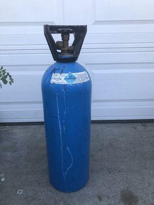 Tanque de hellium vacío for Sale in Lakewood, CA