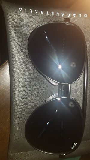 Brand new never used Quay sunglasses for Sale in Chandler, AZ