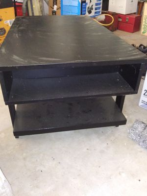 Coffee table for Sale in Cairo, WV