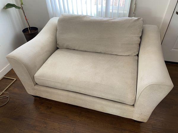 """Living Spaces Sofa Love Seat 58"""" Inch Medium"""