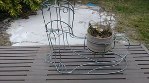 Cat plant holder for Sale in Orlando, FL