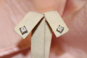 Solid 14kt White Gold Diamond Stud Earrings for Sale in Gilbert, AZ