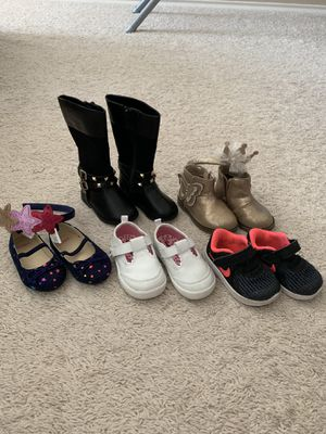 Size 4 toddler girl shoes/boots/sneaker for Sale in Austin, TX