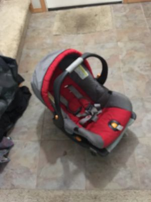 Keyfit30 chicco car seat for Sale in Yelm, WA