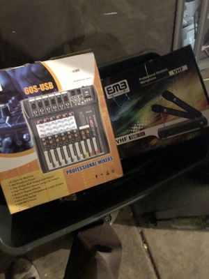 Microphones wireless and mixer for Sale in San Jose, CA