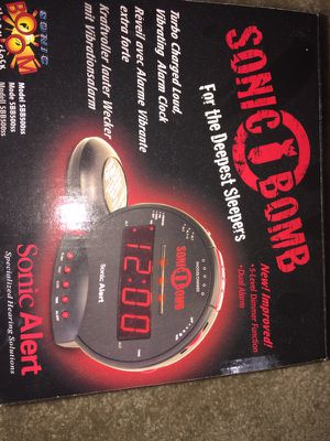 Sonic bomb alarm clock for deep sleepers for Sale in Baltimore, MD