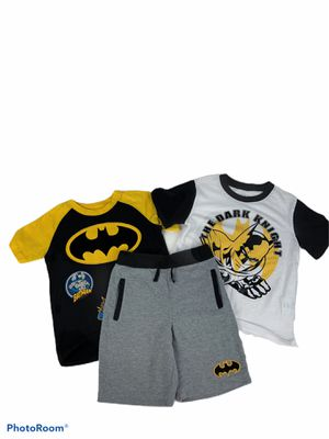 Boy's Batman bundle size 6 for Sale in Surgoinsville, TN