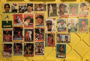 HUGE LOT OF HOF SPORTS CARDS 7 MANTLES LEBRON KOBE JORDAN ROOKIES for Sale in Eugene, OR