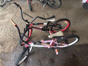 2 kids bikes for Sale in Denver, CO
