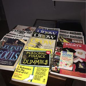 Assorted Reading Material for Sale in Pismo Beach, CA