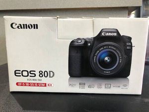Canon 80d w/ 18-55mm lens for Sale in Escondido, CA