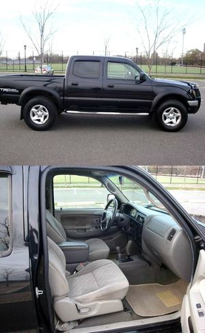 PRICE$14OO Clean 04 Toyota Tacoma for Sale in Houston, TX