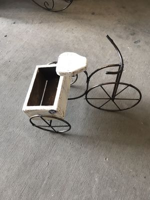 Mini Metal/Wood Planter Bike for Sale in Austin, TX
