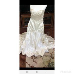 Wedding Dress for Sale in Kirklyn, PA