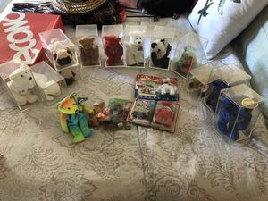 Beanie babies some rare all in cases for Sale in Winter Haven, FL