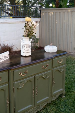 Sideboard table/buffet for Sale in Temecula, CA
