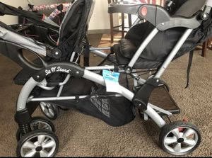 Baby trend double dual stroller for Sale in Cleveland, OH