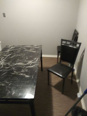 Kitchen table set with matching 4 chairs {contact info removed} for Sale in Florissant, MO
