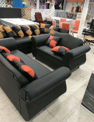 FURNITURE NEW SOFA COUCH PILLOW - 2 PIECES PLUS PILLOWS for Sale in Miami, FL