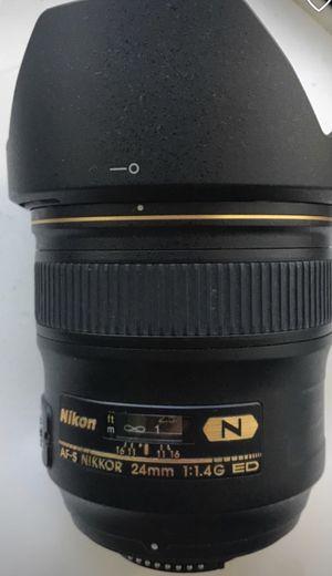 Nikon AF-S NIKKOR 24 mm 1:1.4 G for Sale in Miami, FL