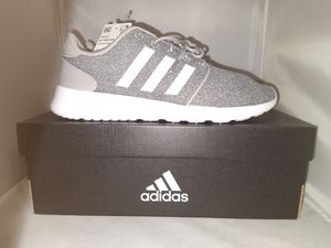 Womens Adidas Cloudfoam QT Racer, Grey, Size 8 Athletic Running Shoes. for Sale in Diamond Bar, CA