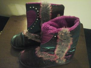 Little girls boots, size 4-5 for the winter. for Sale in Pasco, WA