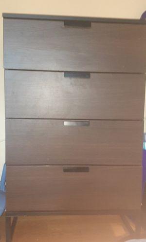 4 drawer dresser for Sale in Washington, DC