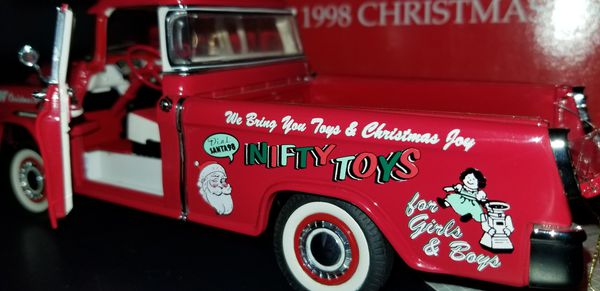 """The Franklin Mint """"1998 Christmas Truck """""""