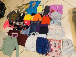 Bag full of kids clothes for Sale in Pembroke Pines, FL