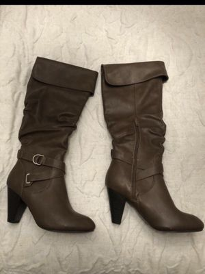 Boots- Size 8 for Sale in Fontana, CA
