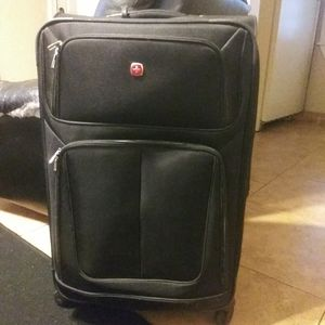 Swiss Gear luggage suitcase for Sale in Oklahoma City, OK