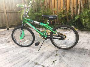 "20"" Boy Magna Rip Claw Bike $30 for Sale in Cutler Bay, FL"