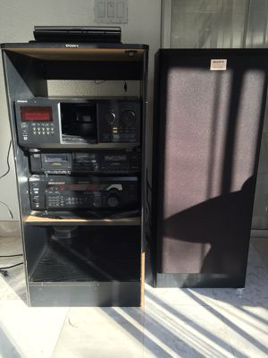 Stereo system with DVD player and tape player and 2 speakers Sony for Sale in West Hollywood, CA
