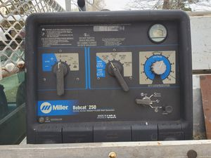 Miller welder and generator 250 1000 hours for Sale in Hyattsville, MD