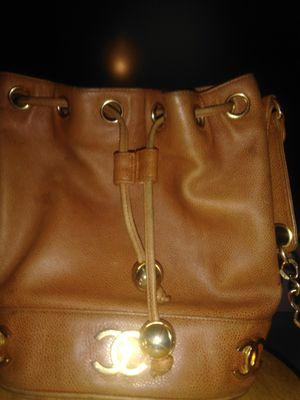 Authentic Chanel Vintage Beige Leather Bucket Shoulder Bag with CC Logo for Sale in Crestline, CA