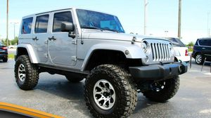 2013 JEEP WRANGLER for Sale in Miami Gardens, FL