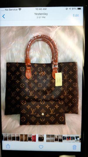 Brown Handbag w wallet for Sale in Atlanta, GA