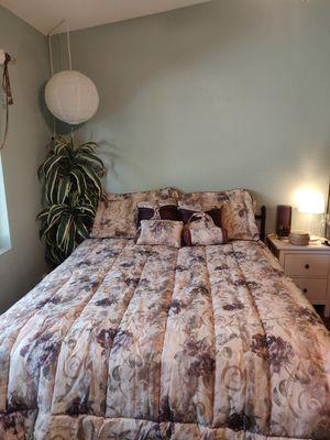 Comforter bedding set for Sale in Phoenix, AZ